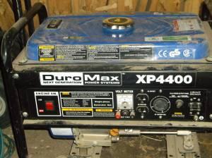 generator 250.00 5th wheel hitch 100.00/obo (hebron)