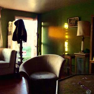 Small room for rent in cozy 420 friendly northeast home (sylvester street and