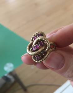 14k gold and amethyst ring (Upper East Side)