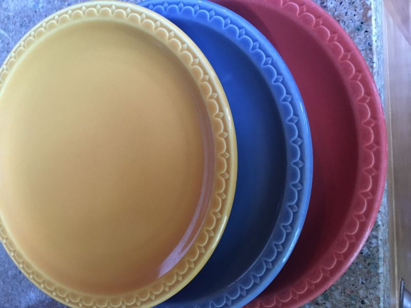 Dishes. Fiesta ware type