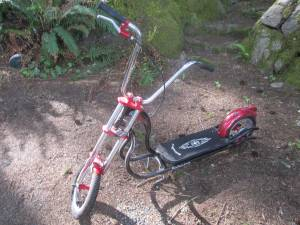 Vintage Schwinn Stingray foot scooter (Port Orchard)