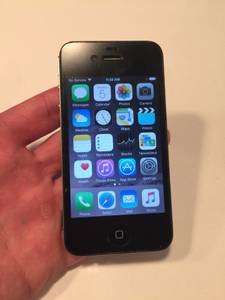 Used black iPhone 4s 32GB for AT&T / Cricket (wash)