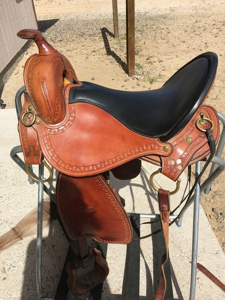 Yancy saddle for gaited horses