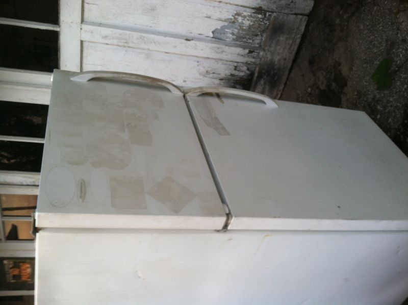 Frigidaire works good needs cleaned