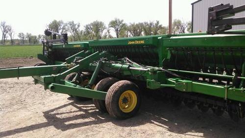 John Deere 455 Planter