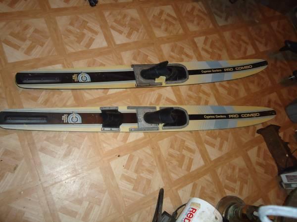 Lot Of Used & Vintage Water Skis