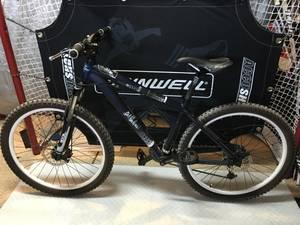 Diamondback mountain bike (nw)