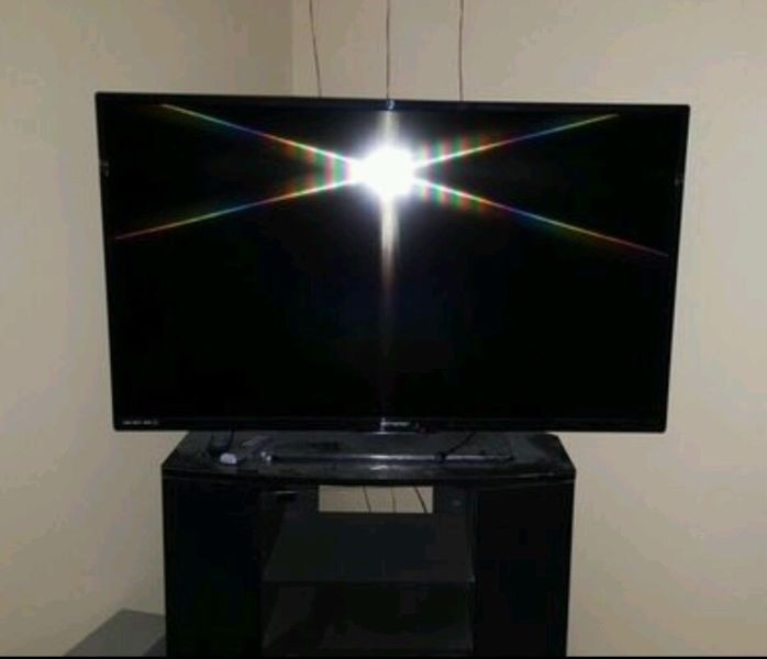 55 Inch LED Flat TV & Stand