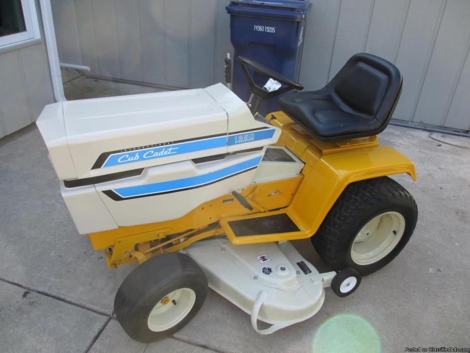 Cub Cadet 1250 Hydro tractor