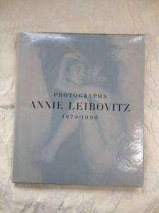 Annie Leibovitz Iconic Photography Book (westerville)
