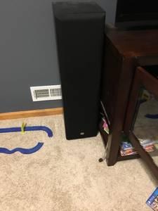 JBL tower speakers (pair) (Clayton)