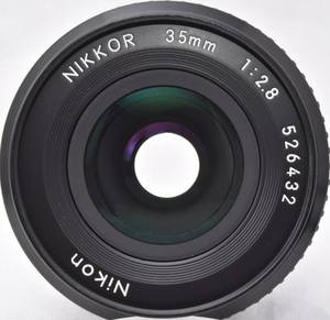 Nikon 35mm F2.8 Nikkor AI-S lens - MINT Condition f/2.8 2.8 Ai-S lens (Saint