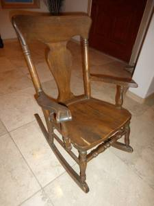 Childs rocking chair (Chewelah)