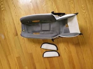 Baby snuggler - seat bicycle trailer - Burley