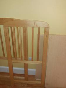Infant changing table (Worcester)