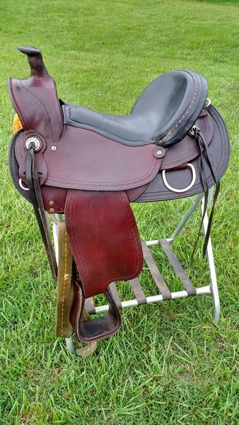 Gaited Horse or Mule Trail Saddle