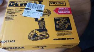 Dewalt drill 20v lithium ion w 2 batteries new in box (college point corona