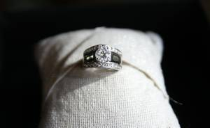 Platinum Wedding Ring Diamond Setting (Lake Almanor)