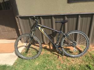 2008 specialized mountain bike (Newcastle)