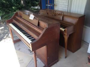 2 Free pianos