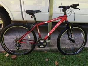 Men's Trek 3700 Aluminum Framed 21-Speed Mountain Bike (Mandarin)
