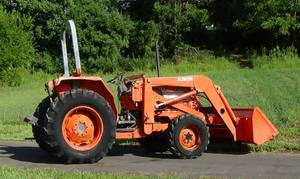 1996 Kubota 4x4 with loader