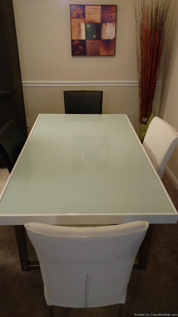Ashley frosted glass kitchen table and leather chairs