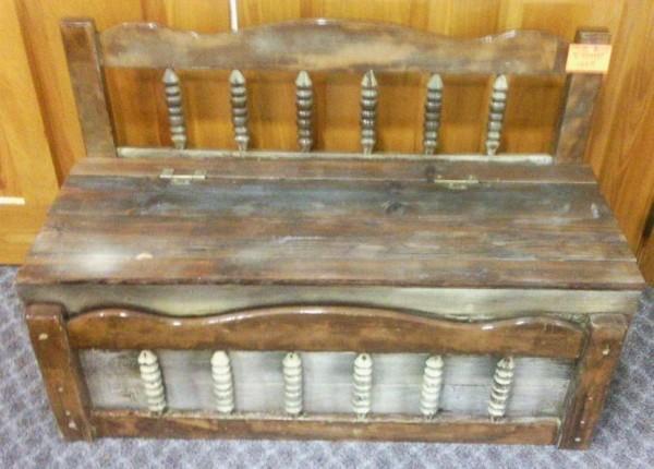 Bench w/storage