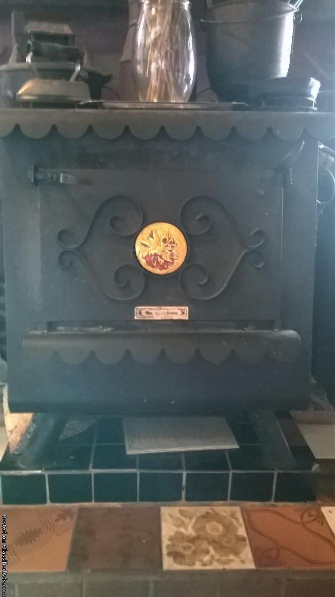 wood stove \earth stove