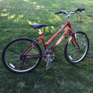 Awesome Red Raleigh Mountain Bike (berkeley)