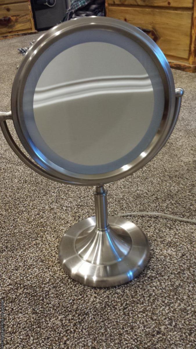Lighted Make-up Mirror