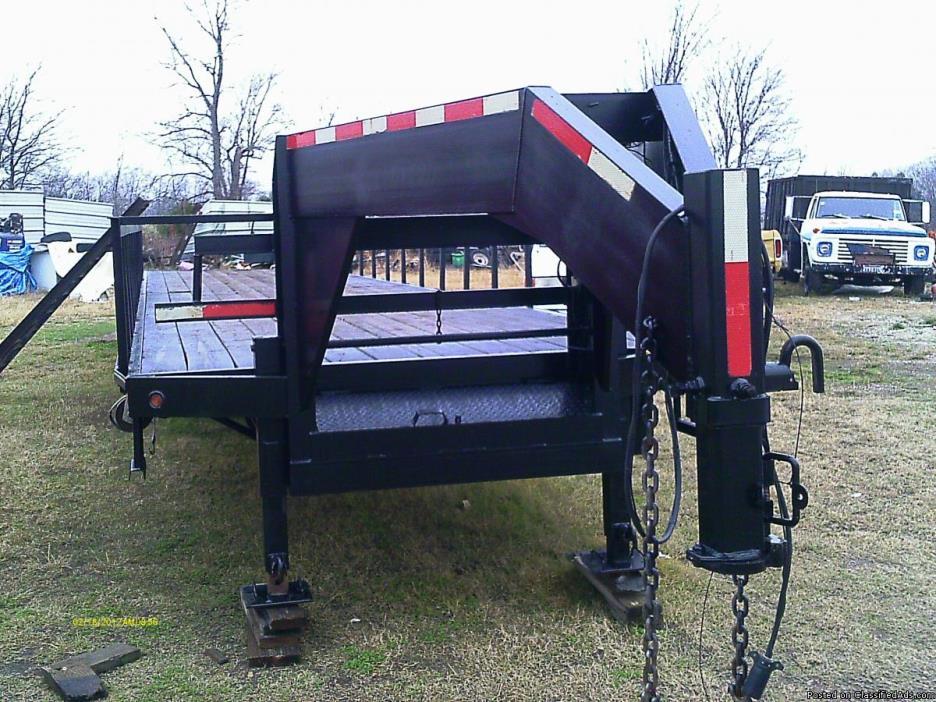 Trailmaster 40 ft straight deck trailer